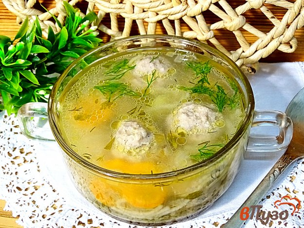 фото рецепта: Суп с фрикадельками и вермишелью