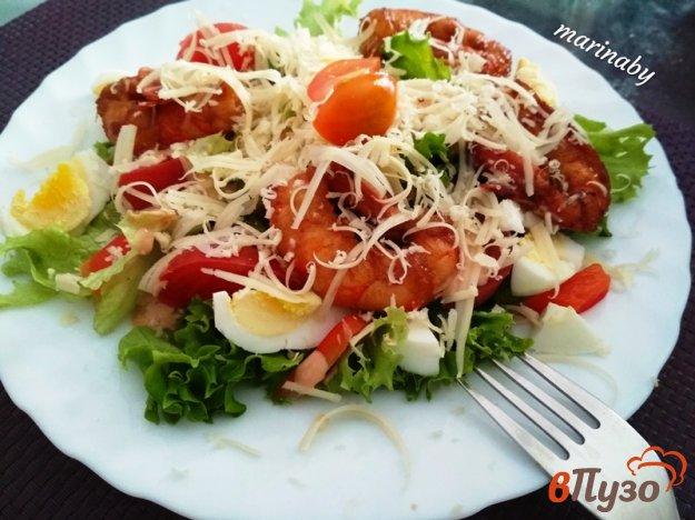 фото рецепта: Овощной салат с креветками А ля Цезарь