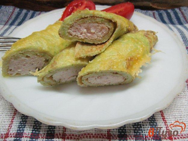 фото рецепта: Рулеты из кабачка с куриным фаршем