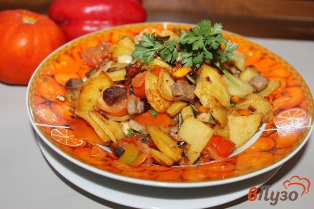 фото рецепта: Жареный картофель с мясом и помидорами