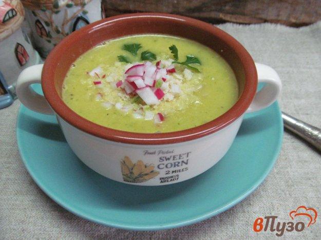 фото рецепта: Картофельный крем-суп с редиской