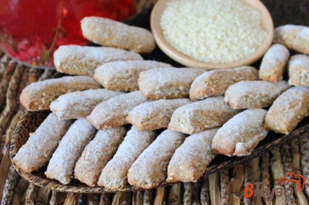 фото рецепта: Ржаное печенье с кунжутом и льняной мукой