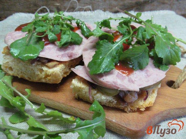 Давайте сегодня приготовим Бутерброд с ветчиной и заправкой из сельдерея с яблоком на завтрак вкусный рецепт с фото