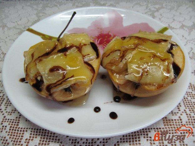 фото рецепта: Фаршированные яблоки тыквой под сыром
