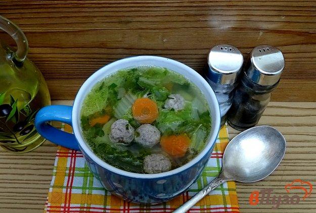 фото рецепта: Суп с фрикадельками и пекинской капустой (без пассеровки)