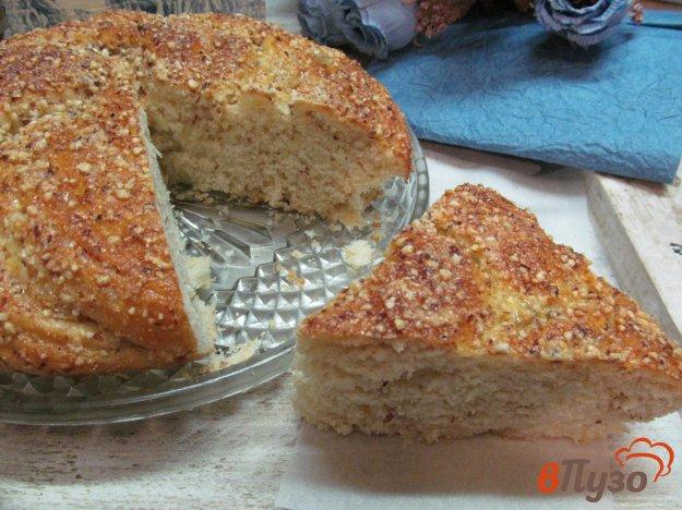 фото рецепта: Пирог с начинкой из арахиса