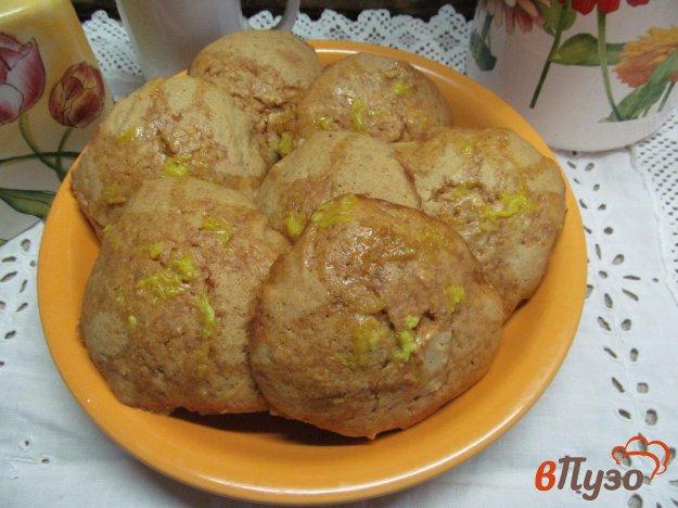 фото рецепта: Тыквенные булочки под сахарной глазурью