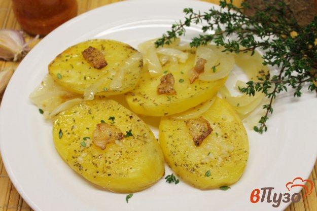 фото рецепта: Картофель с салом в духовке