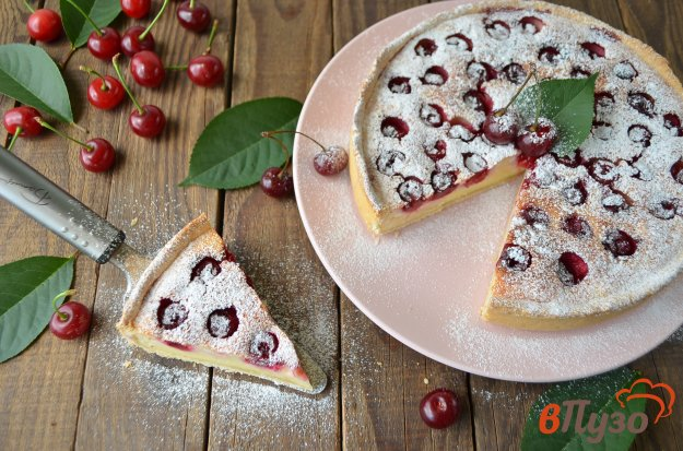 фото рецепта: Творожно-вишневый тарт