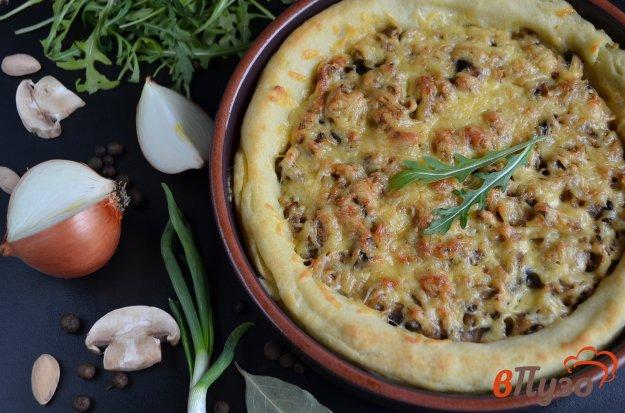 фото рецепта: Картофельный пирог с грибами и сыром