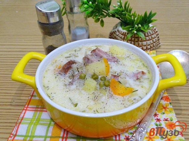 фото рецепта: Суп с копчёной колбасой и плавленым сыром