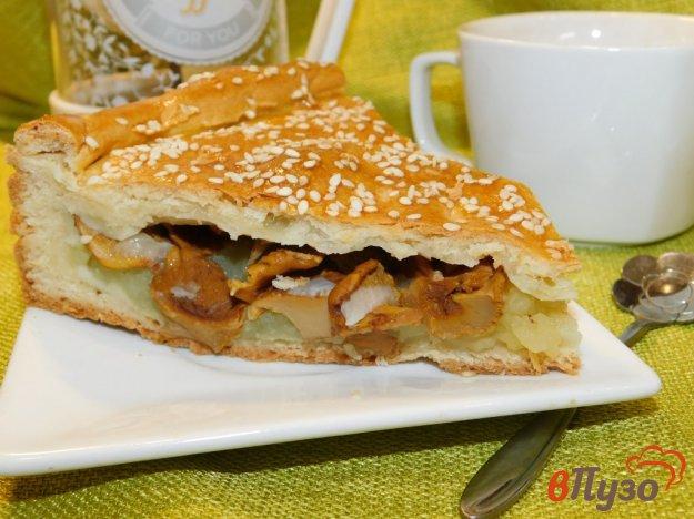 фото рецепта: Пирог с картофелем и грибами