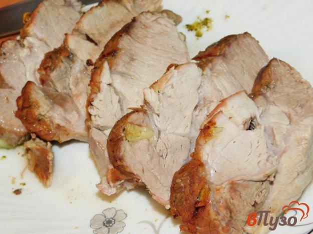 фото рецепта: Запеченная буженина с чесноком