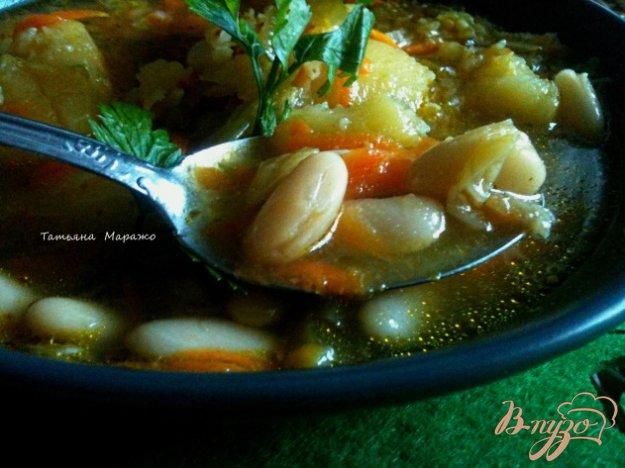 фото рецепта: Суп из савойской капусты с белой фасолью
