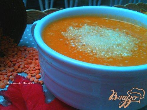 фото рецепта: Суп-пюре из красной чечевицы  с тыквой