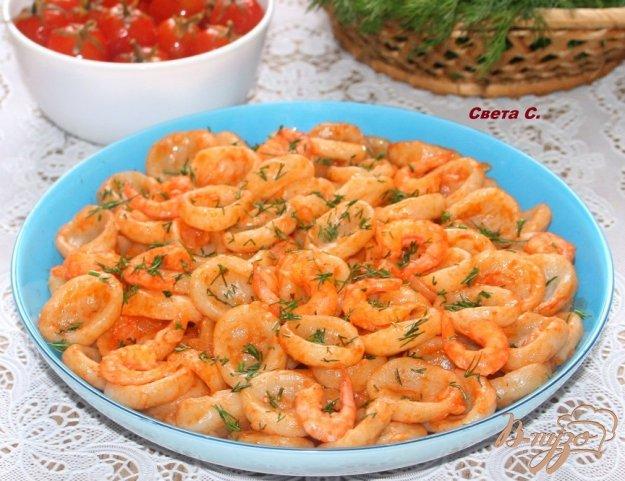 фото рецепта: Домашняя паста орекьетте в томатном соусе с креветками