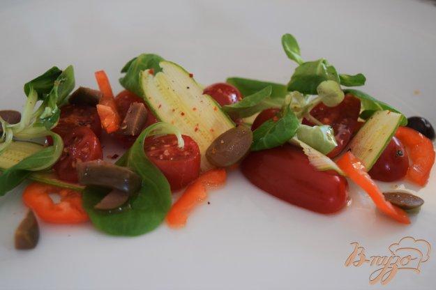 Сицилійський салат з помідорами і оливками. Як приготувати з фото